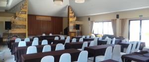 ห้องประชุมรองรับได้ 120 คน