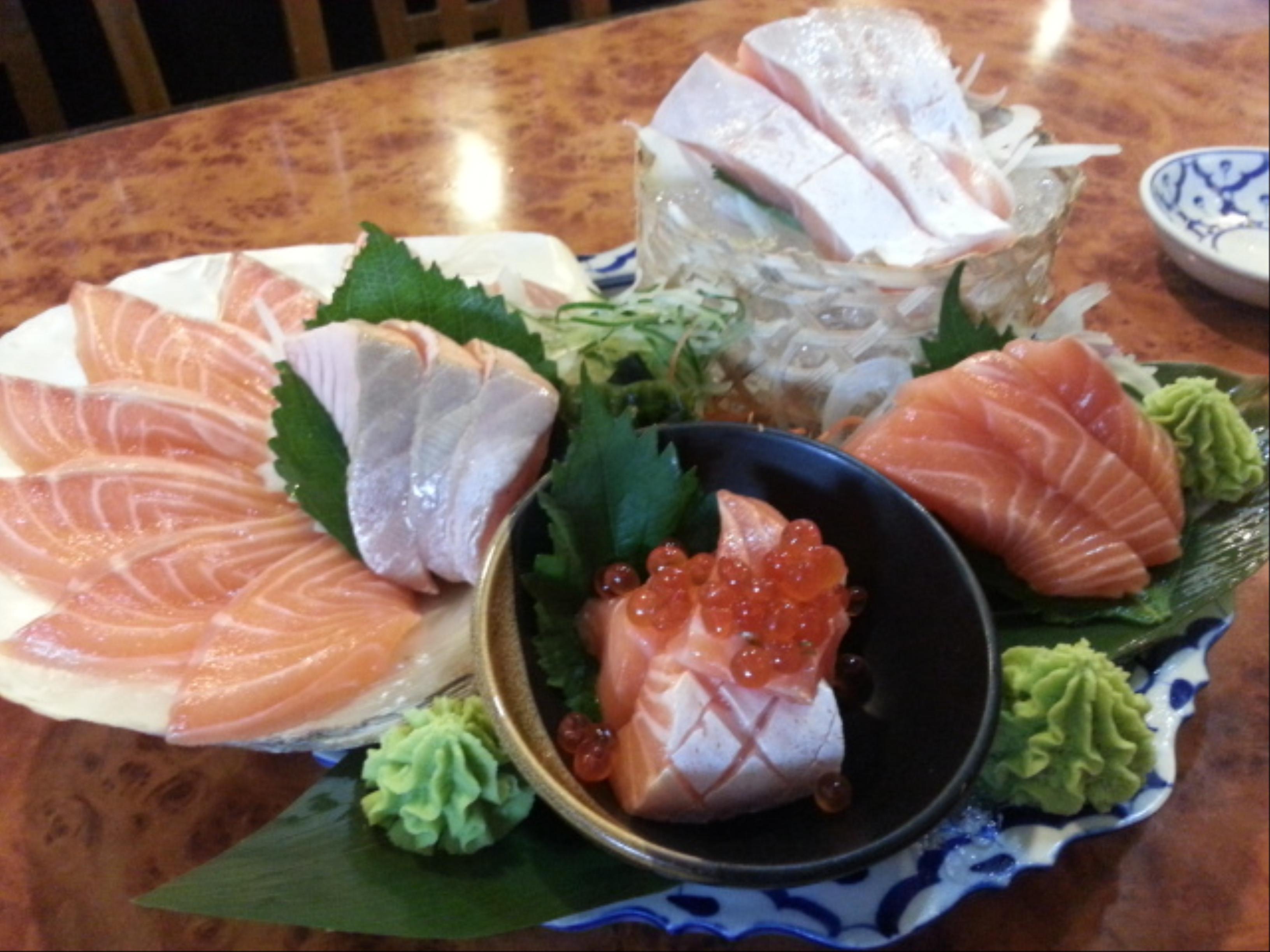 ปลาแซลมอน5ส่วน เมนูเด็ดที่ทุกโต๊ะต้องสั่ง