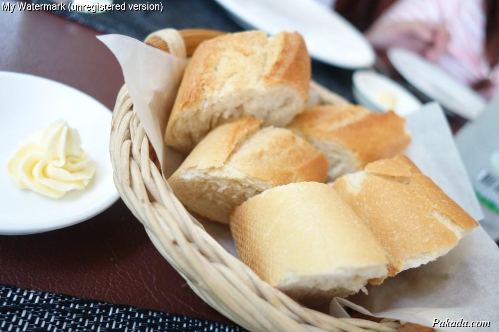 Starter ด้วยขนมปังกับเนยสด
