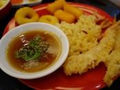 อาหารว่าง กุ้งเทมปุระ ปลาหมึกชุบแป้งทอด