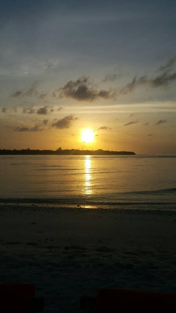 พระอาทิตย์ตกดิน ณ มัลดีฟส์