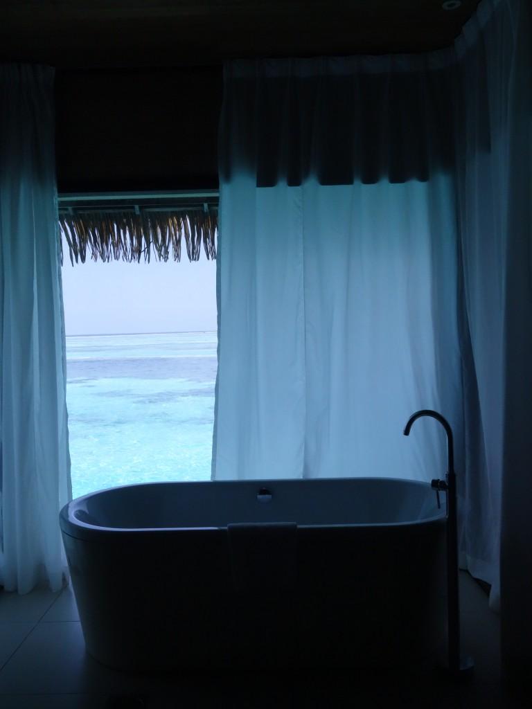 สภาพห้องน้ำภายในห้อง Lagoon, Clubmed Kani