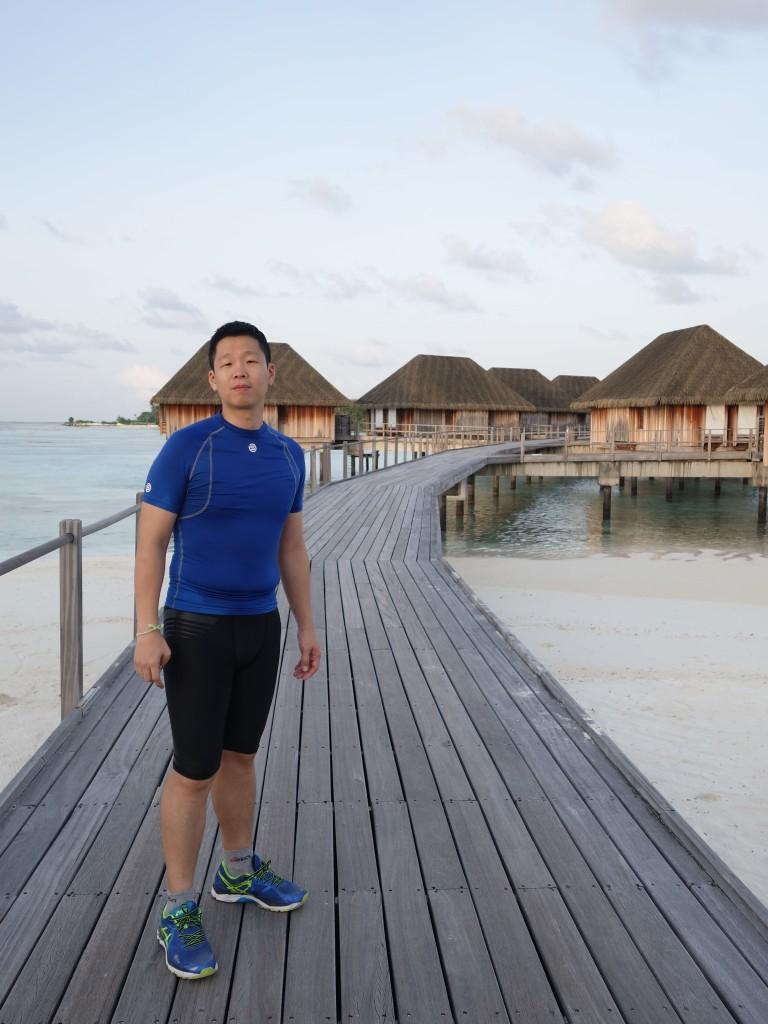 ตื่นแต่เช้าวิ่งรอบเกาะ